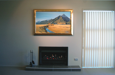 The original oil painting 'Autumn at Mount Blackburn' by Grant McSherry is finished in a hand crafted gold leaf frame.